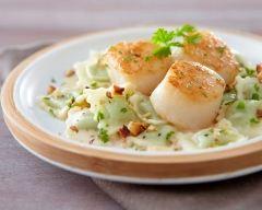 Recette ravioles aux saint-jacques et noisette, sauce crème et ...
