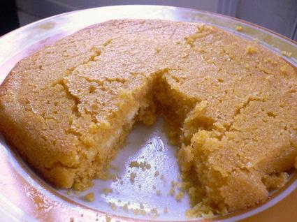 Recette de gâteau de polenta à la fleur d'oranger