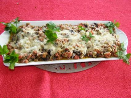 Recette de gratin d'aubergines, tomates et chair à saucisse