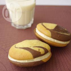Recette whoopie pies marbrés au chocolat et beurre de cacahuètes ...