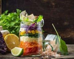 Recette salada jar aux crudités et semoule