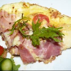 Recette omelette au jambon, à l'oignon et aux tomates cerises ...