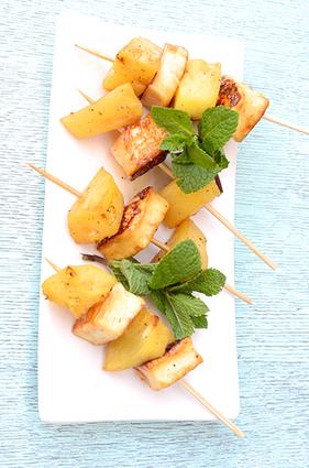 Recette de brochette d'ananas et grillis