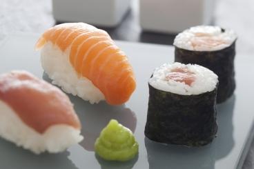 Recette de sushis et makis de thon et saumon facile et rapide
