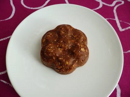 Fleur crue pomme chocolat muesli au son d'avoine et au psyllium