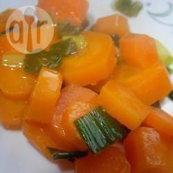 Recette carottes sautées aux oignons verts – toutes les recettes ...