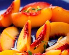 Recette pêches rôties au sirop de cardamome