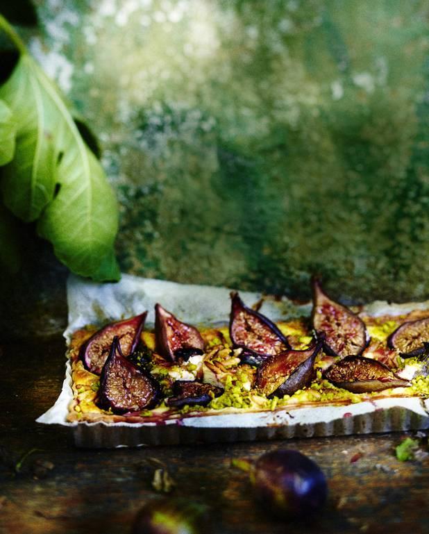 Tarte aux figues, pignons et pistaches pour 6 personnes