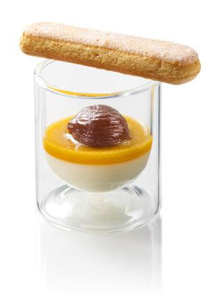Recette de panna cotta au lait concentré sucré, abricots et marrons ...