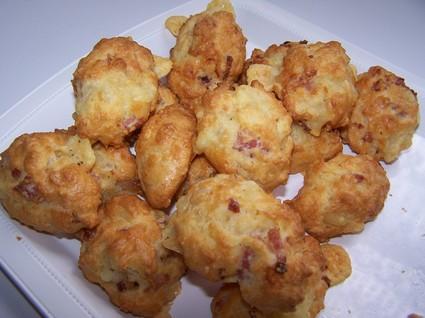 Recette de madeleines aux lardons et au fromage à raclette