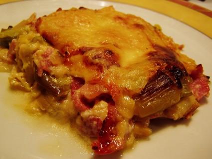 Recette de gratin de poireaux, jambon et fromage à raclette