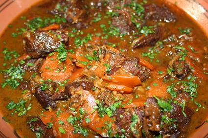 Recette de joue de boeuf aux épices, carottes et raisins