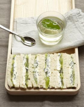 Petits sandwiches au kiwi pour 4 personnes