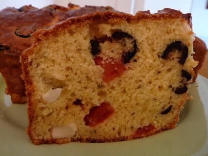 Recette de cake aux olives noires et à la feta
