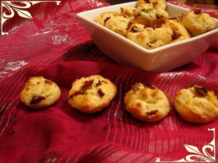 Recette de bouchées aux tomates séchées, parmesan et jambon ...