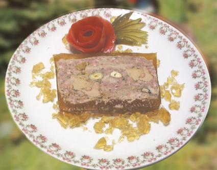 Recette de terrine de faisan aux noisettes et foie gras