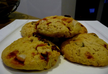 Recette de cookies cranberries & noix du brésil caramélisées