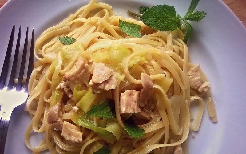 Recette pâtes thon, courgette & menthe économique et simple ...