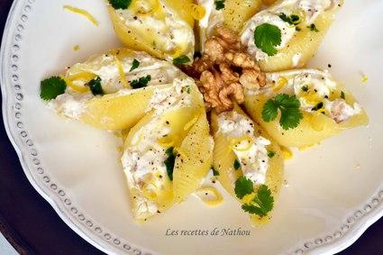 Recette de conchiglioni farcis au chèvre et noix, sauce au beurre ...
