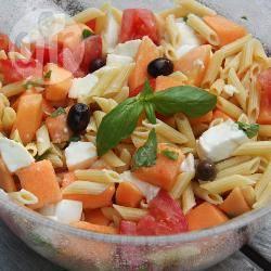 Recette salade d'été aux pâtes, au melon et au jambon de parme ...