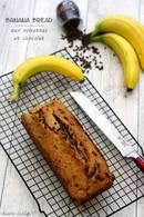Recette de cake à la banane, noisettes et pépites de chocolat