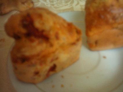 Recette de mini cakes aux tomates séchées, poivrons et thon