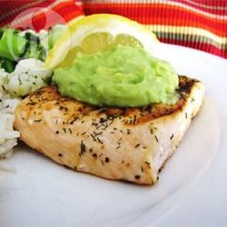 Recette saumon au barbecue avec sa crème à l'avocat – toutes les ...
