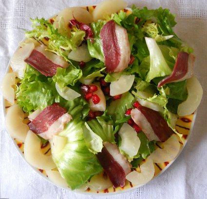 Recette de salade gourmande express au magret de canard