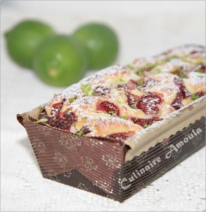 Recette de cake moelleux au mascarpone fraise et citron vert