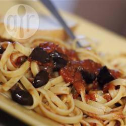 Recette spaghetti à la sauce puttanesca et au basilic – toutes les ...