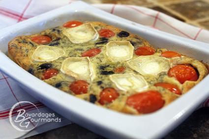 Recette de clafoutis aux tomates cerises, olives noires et chèvre