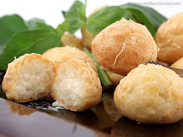 Gougères au fromage  fiche recette avec photos  meilleurduchef ...