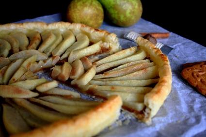 Recette de tarte poires-spéculoos au miel épicé