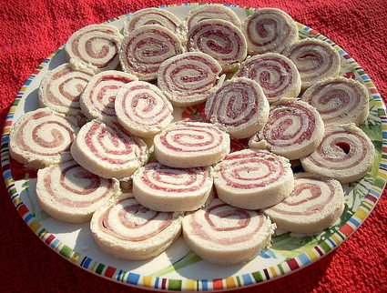 Recette de petits roulés au jambon et au salami