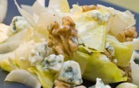 Salade d'endives au roquefort et aux noix pour 4 personnes ...