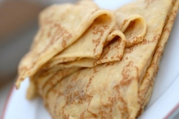 Recette de pâte à crêpes fleur d'oranger facile et rapide