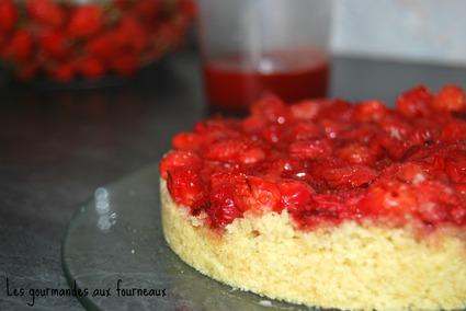 Recette de gâteau crumble aux fraises et aux cerises