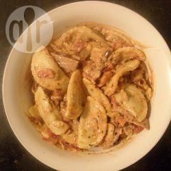 Recette pâtes au bacon et à la sauce tomate crémeuse – toutes les ...