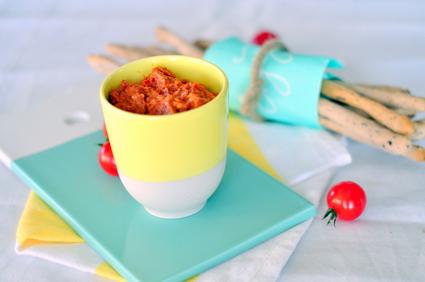 Recette de gressins et tartinade de tomates séchées et amandes ...