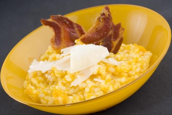 Recette de risotto au potiron et chips de pancetta facile