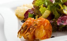 Salade de saint-jacques et crevettes roses pour 4 personnes ...