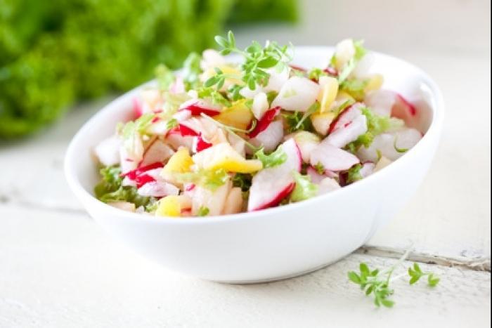 Recette de salade fraîche de radis facile et rapide