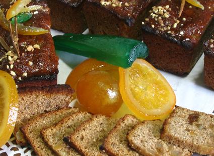 Recette de pain de châtaigne aux épices et fruits confits