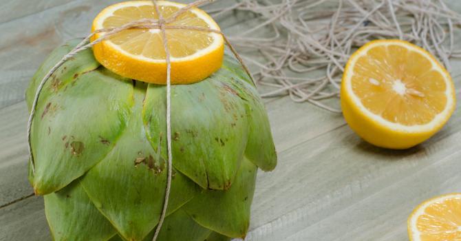 Artichauts légers à la vapeur de citron et vinaigrette moutardée