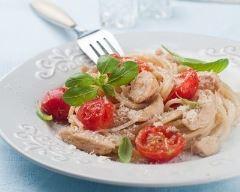 Recette one pot pasta au poulet, tomates cerises et basilic