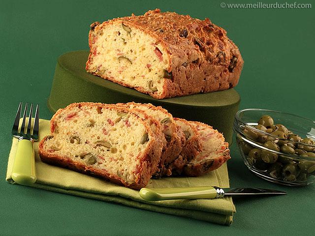 Cake aux olives  recette de cuisine illustrée  meilleurduchef.com