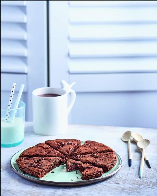 Cookie fondant aux deux chocolats sans four pour 4 personnes ...