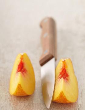 Salade de pêches et nectarines à la menthe et au gingembre pour 4 ...