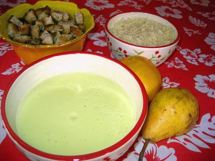 Recette de soupe de courgettes, pommes de terre et fromage