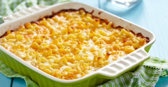 Recette de gratin de macaronis au cheddar